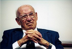 Peter Drucker and Managing Oneself